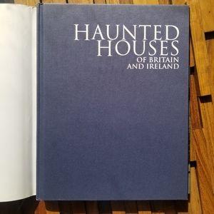Book Coffee Table   Halloween Haunted Houses
